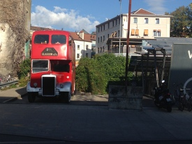Un bus londonien hors de la gare Cornavin! J'ai toujours aucune idée pourquoi ou comment il se trouve là.