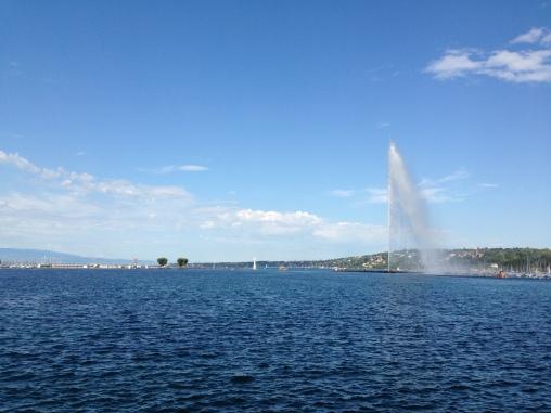 The jet d'eau and lac Leman. In autumn, mind.
