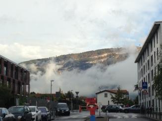Le Salève dans la brume, trop cool!